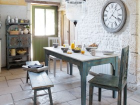 Provence dining room