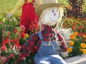 O'tirgan Scarecrow