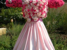 Scarecrow in roses