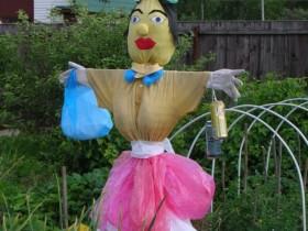 Beautiful garden Scarecrow