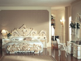 Luxurious bedroom in Rococo style