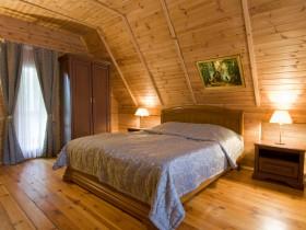 Современная спальня в русском стиле