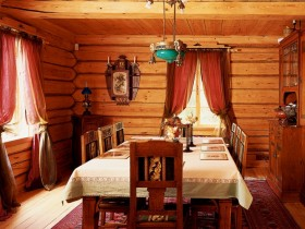 Cozy dining room in Russian style