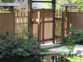 The gate in the Japanese garden