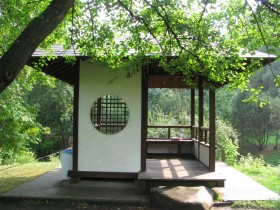 The idea of a gazebo in the Japanese style