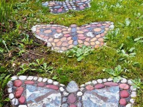 Garden path in the shape of a butterfly
