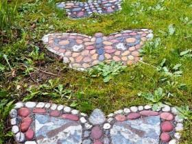 Садовая дорожка в форме бабочки