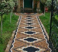 Garden walkway in the Moorish garden