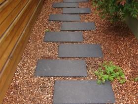 Садова доріжка з плитки