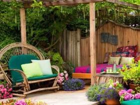 Защита зоны отдыха от солнца с помощью перголы