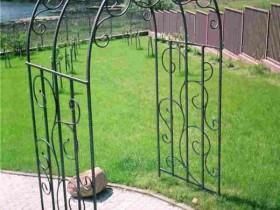 Садовая пергола из металла