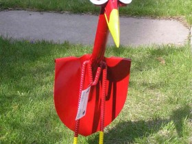 Bird from old shovels