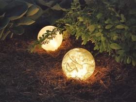 Interesting design garden lamp
