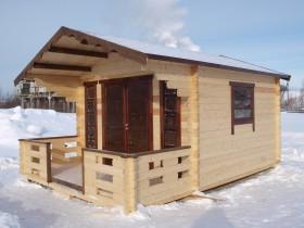 Садовый домик для отдыха зимой