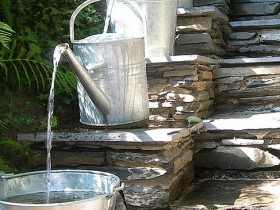 Simple, but creative garden fountain