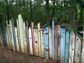 The original fence of birdhouses