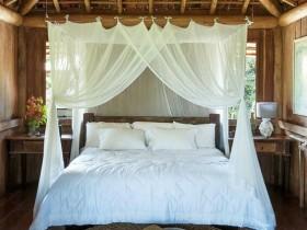 Спальня под балдахином