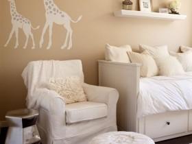 Сафари в интерьере комнаты