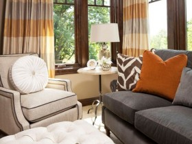 Flat with elements of Safari style
