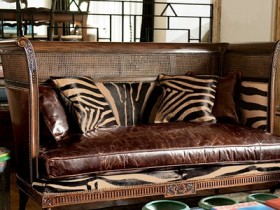 Sofa in Safari style