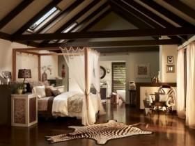 Необычный интерьер спальни в стиле сафари