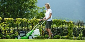 The advantage of electric and petrol self-propelled lawn mowers – choice, the pros and cons