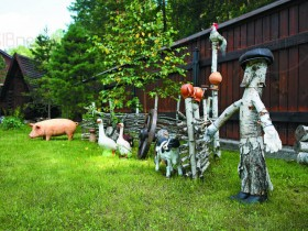 Garden decor in country style