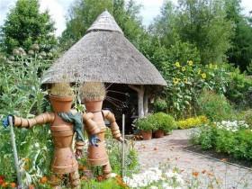 Садовая скульптура ў стылі кантры