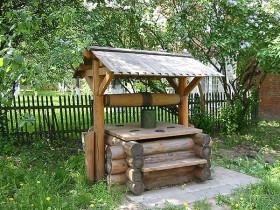 Калодзеж у сельскай садзе