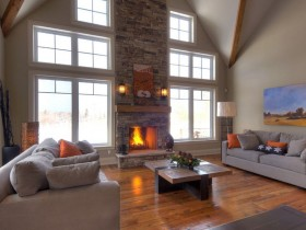 Spacious living room with fireplace, Chalet-style