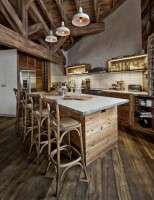 "Kitchen ""under the tree"" Chalet-style"