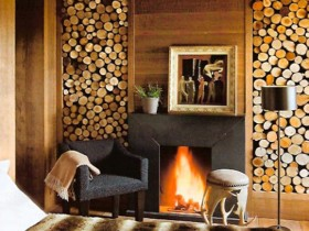 Room with fireplace, the Chalet-style