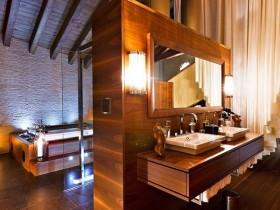 Modern bathroom Chalet-style
