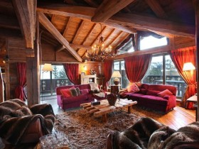 Spacious living room in Chalet style