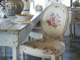 High chair in shabby chic style