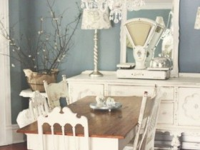 Room in the style of shabby chic furniture