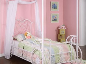 Pink children's room in shabby chic style