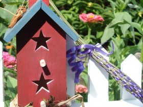The idea of the design of the birdhouse