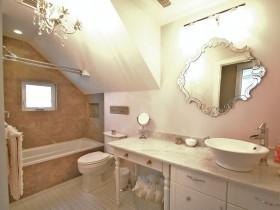 Beautiful bright bathroom