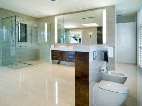Modern style combined bathroom
