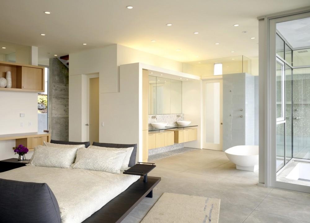 Photo Design Combined Bathrooms