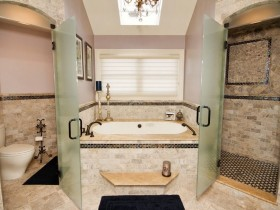 Stylish bathroom, combined with a toilet
