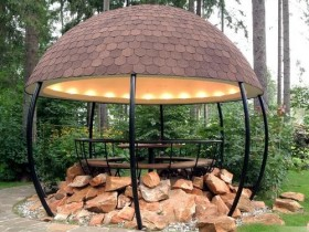Modern gazebo on the dacha