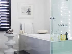 Ванная комната светлого оттенка