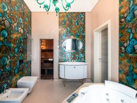 Интерьер ванной комнаты (другой вид)