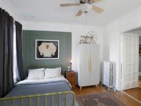 Светлая спальня для подростка