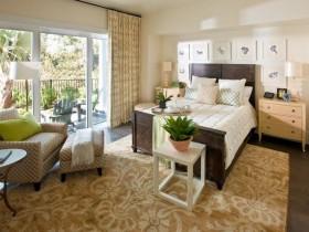 Спальня в стиле кантри в теплых оттенках