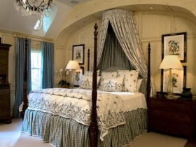 Дызайн раскошнай чорна-белай ложка ў спальні