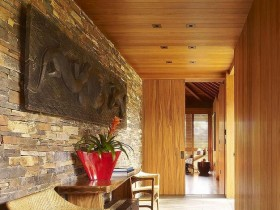 Entrance hall loft-style with wooden and brick walls