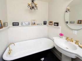 Stylish bathroom light shades